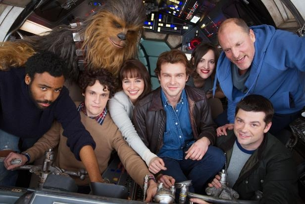 star-wars-han-solo-movie-releases-first-cast-photo__201535_