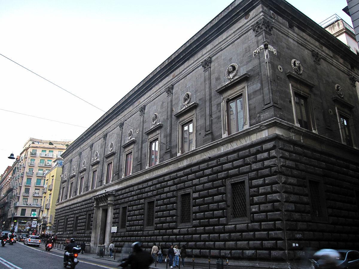 1200px-Napoli_-_Palazzo_Gravina