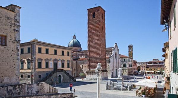 8 minutes, Rigopiano is told in 8 minutes, in Pietrasanta