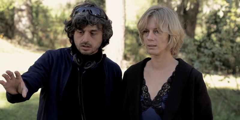 Parlami-di-Lucy-Antonia-Liskova-ed-il-regista-Giuseppe-Petitto-sul-set-del-film-foto-1